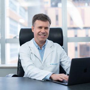 Dr. Fabio Godinho